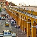 slides/IMG_7136.jpg las bovedas, market, shop, dungeon, curio, column, yellow, downtown, centro, cartagena, colombia A69 - Las Bovedas - Cartagena - Colombia