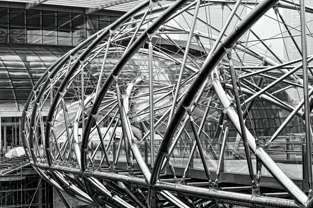 Black and white architecture photography black and white modern - Seas6 Bridge Marina Bay Sands Singapore Slides Img